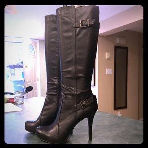 BCBG boots 9.5